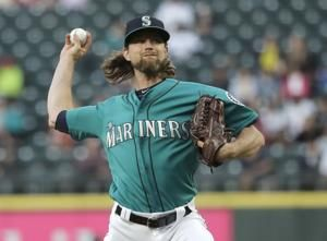 Mariners' Leake perfect through 7 innings vs Angels