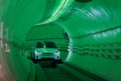 Elon Musk gives first look at his 'underground highway'