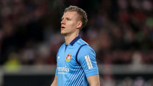 Bayern threaten legal action over Leno transfer rumours