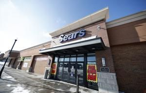 Sears confirms chairman's hedge fund wins bid in auction
