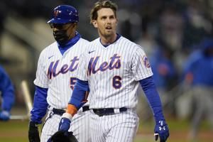 Mets' McNeil, Almora exit with injuries against Orioles
