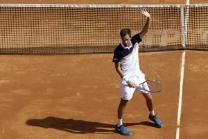 Nadal through to Monte Carlo semifinals but Djokovic is out