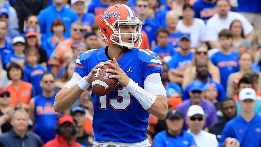 Feleipe Franks shushes Florida fans after being booed last week