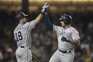Dodgers hit 3 home runs in 7-2 win over Padres