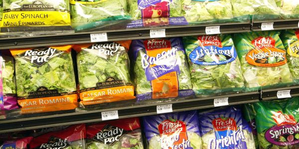 Here's how to tell if your bag of lettuce is actually fresh