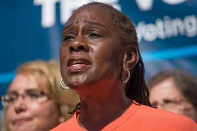 Chirlane McCray announces citywide mental health hotline