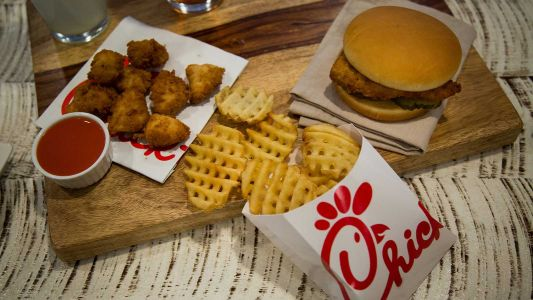 Chick-fil-A limits is facing a sauce shortage