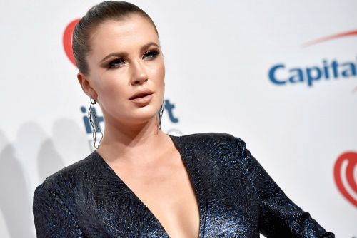 Ireland Baldwin accused of looting from own home during California fires